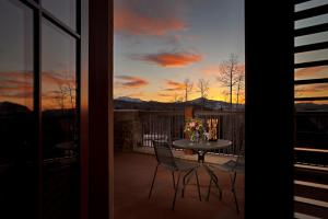 Madeline Hotel and Residences, an Auberge Resorts Collection, Hotely  Telluride - big - 36