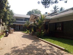 Ostelli e Alberghi - Kallina Mane (Home Stay)
