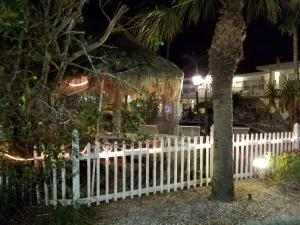 Sands Point Motel, Motely  Clearwater Beach - big - 23
