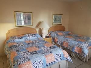 Sands Point Motel, Motely  Clearwater Beach - big - 26