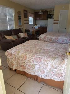 Sands Point Motel, Motely  Clearwater Beach - big - 27