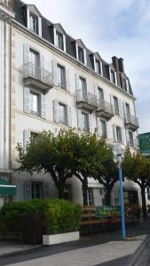 . Hôtel de la Poste et Europe