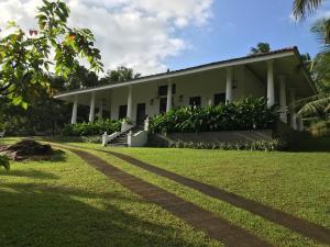 Thompson Manor (A Luxury Villa in Galle), Vily  Gálla - big - 27