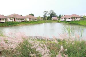 Pirom Lake and Resort - Ban Hat Saphan