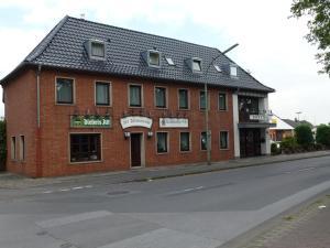 Hotel Zur Friedenseiche - Hau