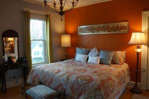 The Muse Gallery Guesthouse, Bed & Breakfast  Milwaukee - big - 11