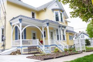 The Muse Gallery Guesthouse, Bed & Breakfast  Milwaukee - big - 39