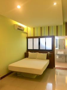 Visa Hotel - Ban Bang Kho