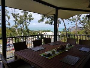 Paddons, Holiday homes  Airlie Beach - big - 16