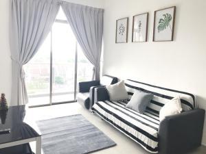 D'Inspire Residence Everstay 3Bedroom 6pax Condo - Lima Kedai