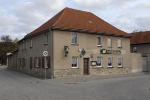 """Gasthaus ,,Zum schwarzen Bär"""" - Gröna"""