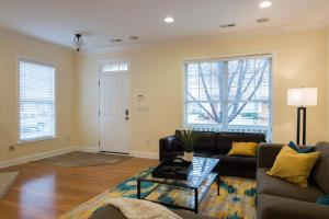 LEAGUE 704 | Wesley Heights, Apartmány  Charlotte - big - 3
