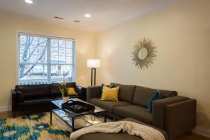 LEAGUE 704 | Wesley Heights, Apartmány  Charlotte - big - 4