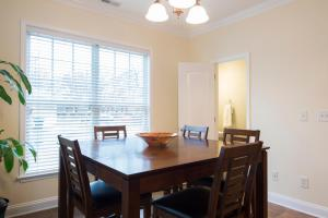 LEAGUE 704 | Wesley Heights, Apartmány  Charlotte - big - 9
