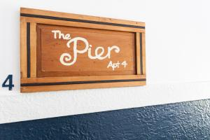 COOGEE MOUNT THE PIER RETREAT (I) - Clovelly