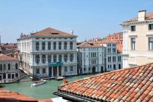 Attico vista Canal Grande - AbcAlberghi.com