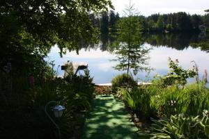 Gite du Lac Docteur - Accommodation - Saint-Honoré