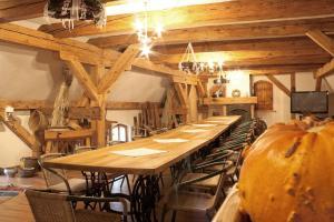 SHotels przy Restauracji Stodoła