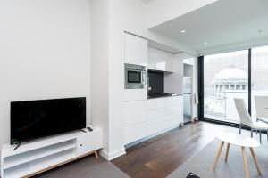 Relax in Luxury & Modern MELB 1BD, Apartments  Melbourne - big - 9