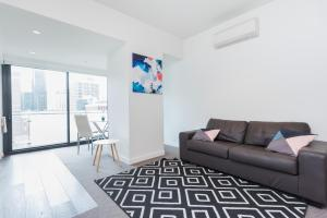 Relax in Luxury & Modern MELB 1BD