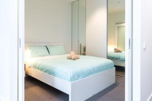 Relax in Luxury & Modern MELB 1BD, Apartments  Melbourne - big - 16