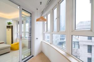 Happy Times Three-bedroom Apartment