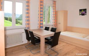 Jugend- und Familiengästehaus Heiligenblut, Ostelli  Heiligenblut - big - 37