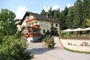 Gasthof Pension Zoller - Hotel - Wolfsberg