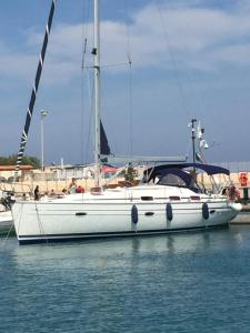 obrázek - Charming Sailing Boat
