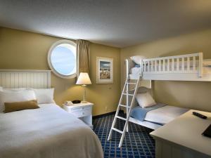 Hampton Inn & Suites Myrtle Beach Oceanfront, Hotely  Myrtle Beach - big - 17