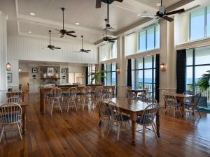 Hampton Inn & Suites Myrtle Beach Oceanfront, Hotely  Myrtle Beach - big - 38