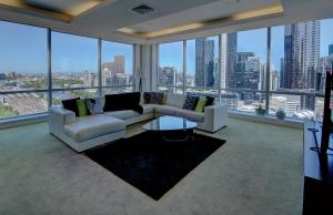 Luxury Penthouse with amazing views!