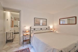 AL POZZO con 1 camera e Giardino privato - AbcAlberghi.com