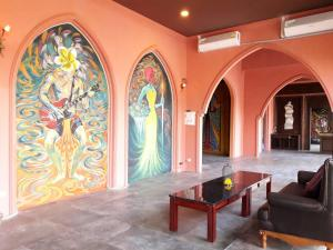 Bee Sleep Hostel & Nana Art gallery - Jomtien Beach
