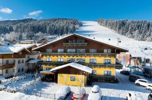 B&B Hotel Die Bergquelle - Accommodation - Flachau