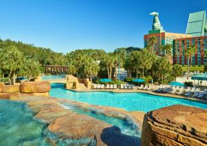 Walt Disney World Swan And Dolphin Resort Hotel Review Orlando