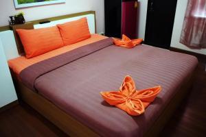 Ponlaan Apartment - Ban Long Tong