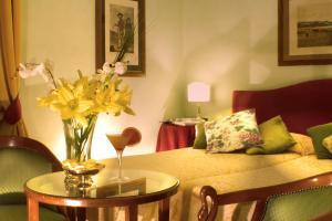 Hotel Rosary Garden - AbcAlberghi.com