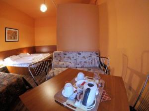 Pension Madara, Bed and Breakfasts  Vídeň - big - 11