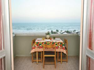 Apartment Torrette di Fano with Sea View 08 - AbcAlberghi.com