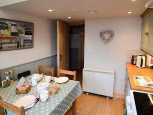 Holme Cottage, Дома для отпуска  Ugthorpe - big - 5