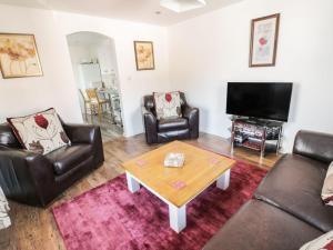 Little White Cottage, Nyaralók  Brierley Hill - big - 10