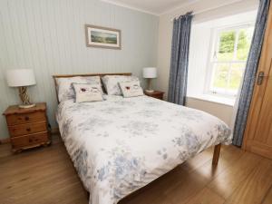 Cnocachanach Cottage, Дома для отпуска  Polloch - big - 4