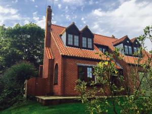 Holly Bank, Holiday homes  Etton - big - 15