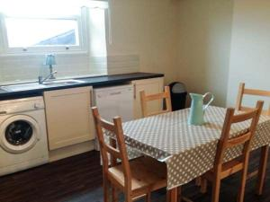 Cobblers Roost, Holiday homes  Fishguard - big - 21