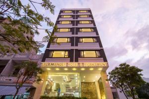 Salamander Hotel and Apartment