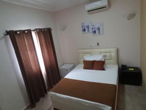 Hotel Yabisso, Hotel  Lomé - big - 12