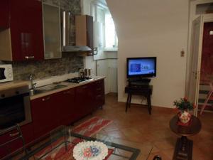 Anna & Caterina House, Apartmány  Varenna - big - 12