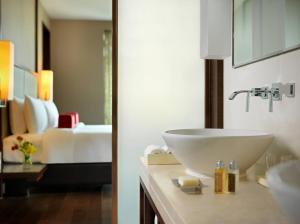 Jumeirah Himalayas Hotel Shanghai