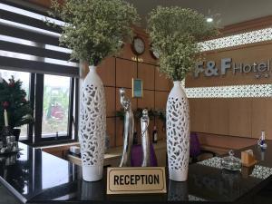 F & F Hotel, Отели  Хайфон - big - 38